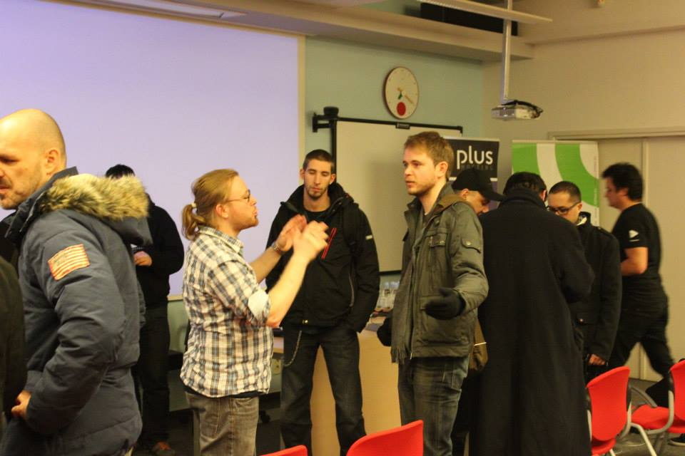 People talking at 1. WordPress Meetup Zagreb