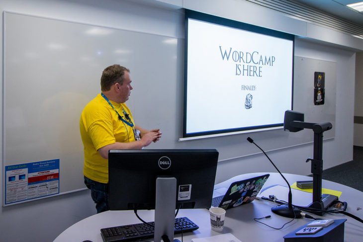 Mark Smallman giving opening remarks at WordCamp Belfast (Photo by: Ian Stratton)